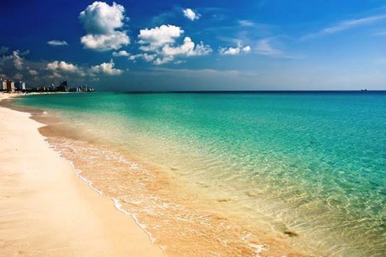 Träumt von faulen Tagen am Strand! #beachthursday #visitmiami #somiami #miamibeach #miami #beach #holiday #ocean