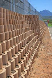This Wall Will Still Be Planted Retaining Wall Gabion Wall Retaining Wall Blocks