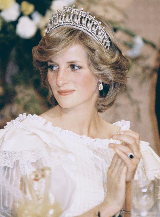 El icónico estilo de Lady Di trasciende en el tiempo #princessdiana