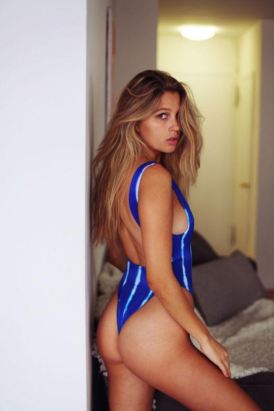 Bigass Bigbutts Bigbooty Asses Asshot Butts Booty Babe Hotbabe Perfect Latina Verysexy Hottie Culos Culonas