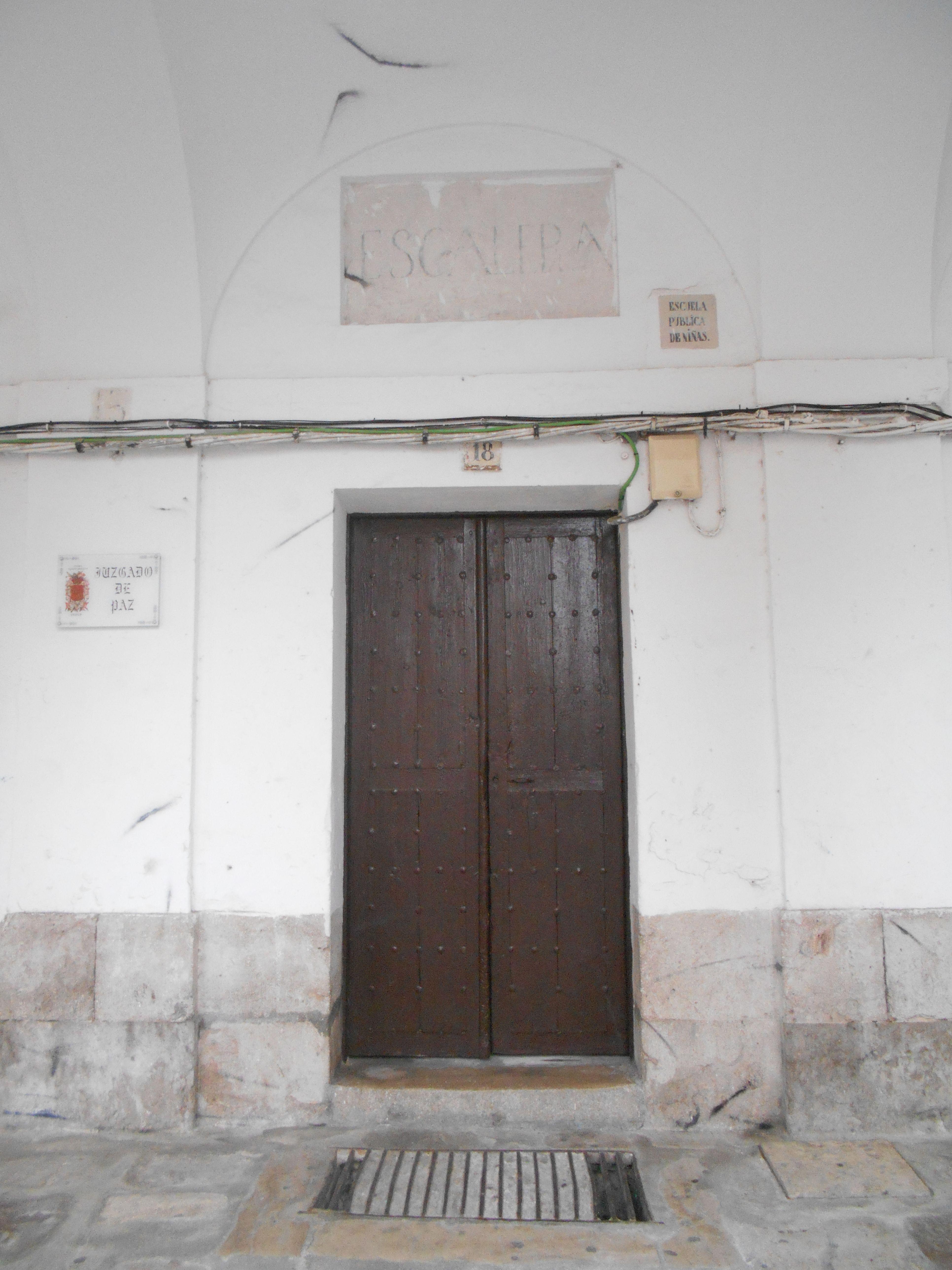 Escuela en el antiguo palacio arzobispal, hoy Casa de las Buhardillas