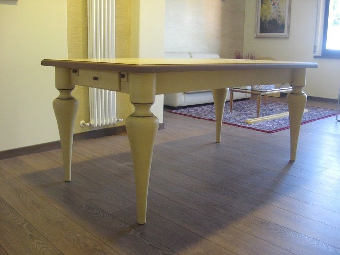 Tavolo Taverna ~ Tavolo classico in legno frassino massello con gambe tornite due