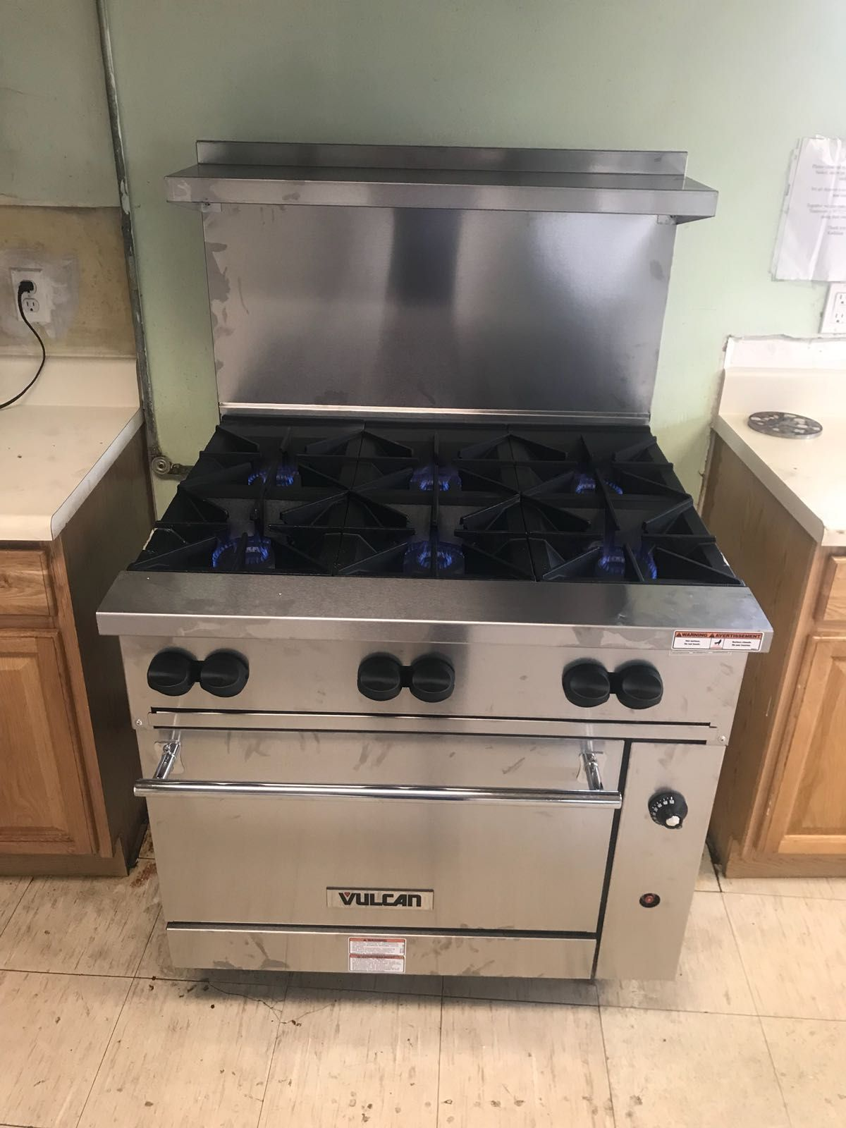 vulcan kitchen equipment virtual remodel looking for a commercial range that can handle heavy load try culinarydepot commercialkitchen restaurantequipment 6burners stainlesssteel stove oven