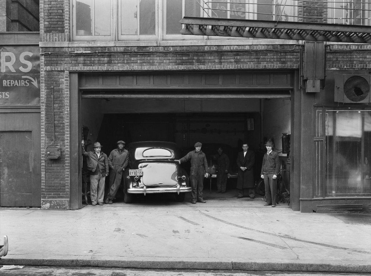 Auto Mechanic Shops Near Me >> Best 25+ Automobile repair shop ideas on Pinterest | Auto ...