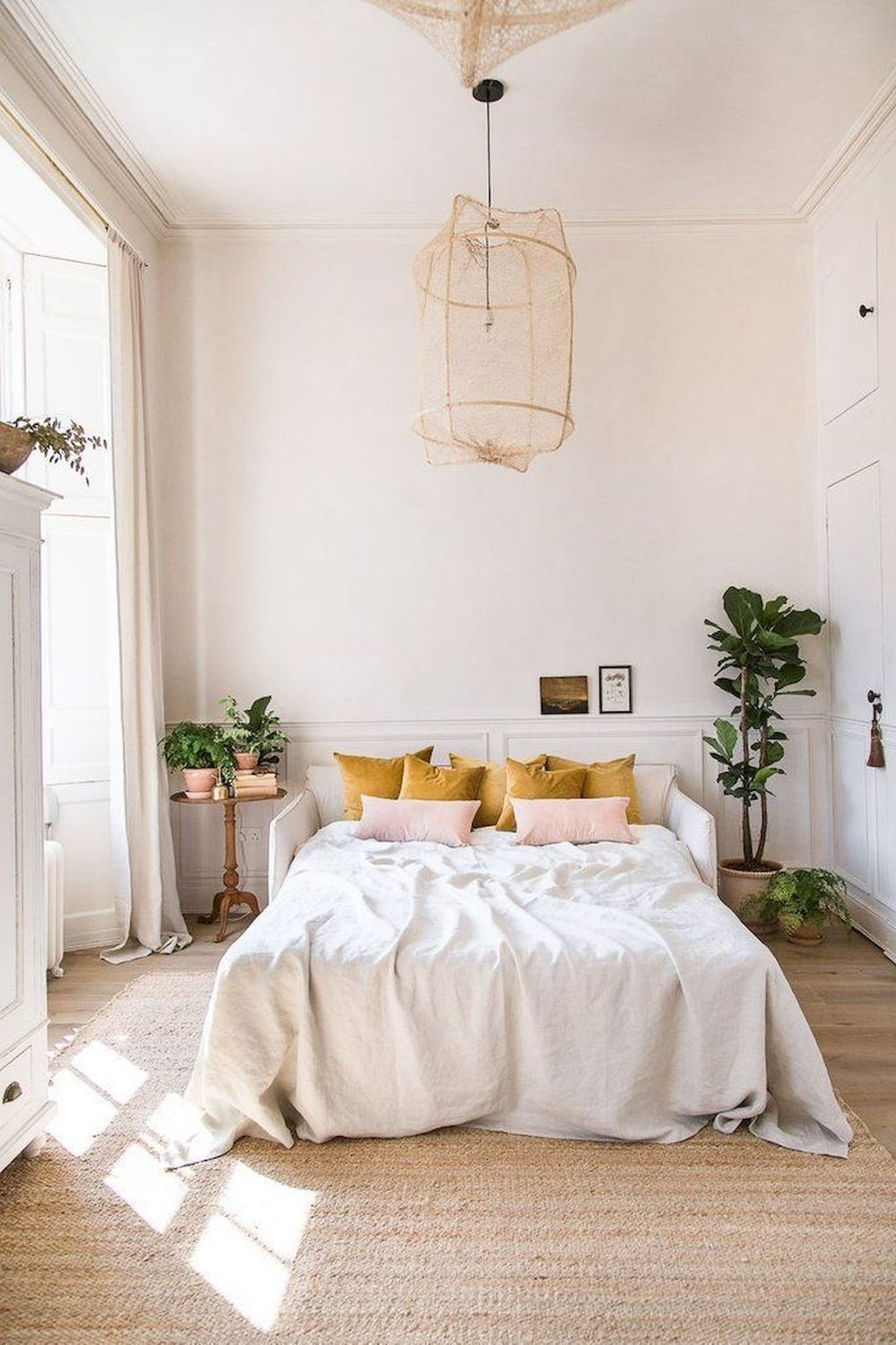 Home Decoration Christmas In 2020 Vintage Bedroom Decor Modern Vintage Bedrooms Bedroom Vintage