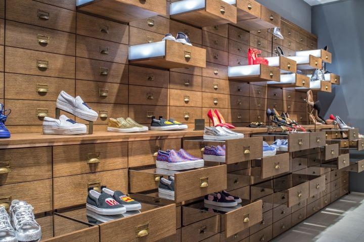 Emporium Young Store By Garde Italy Baku Azerbaijan Retail Design Blog