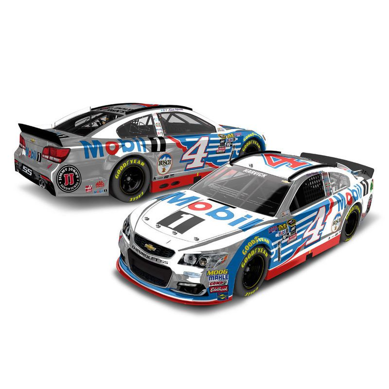 Coke 600 Charlotte Raced Win 1//64 NASCAR Authentics 2016 Wave 9 Martin Truex Jr