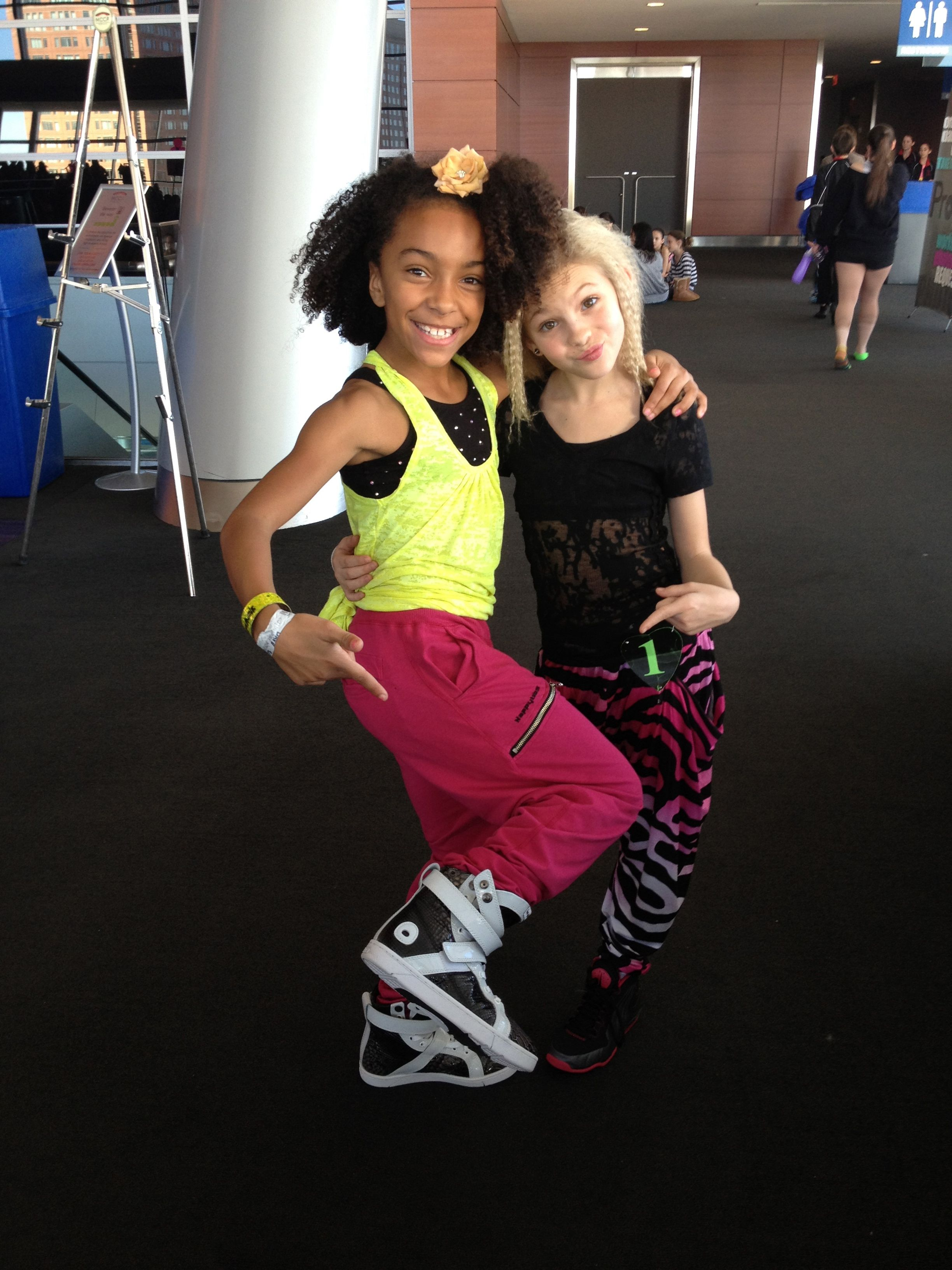 Charlize Glass Of 8 Flavahz Crew And ABDC In Heyday Super Shifts
