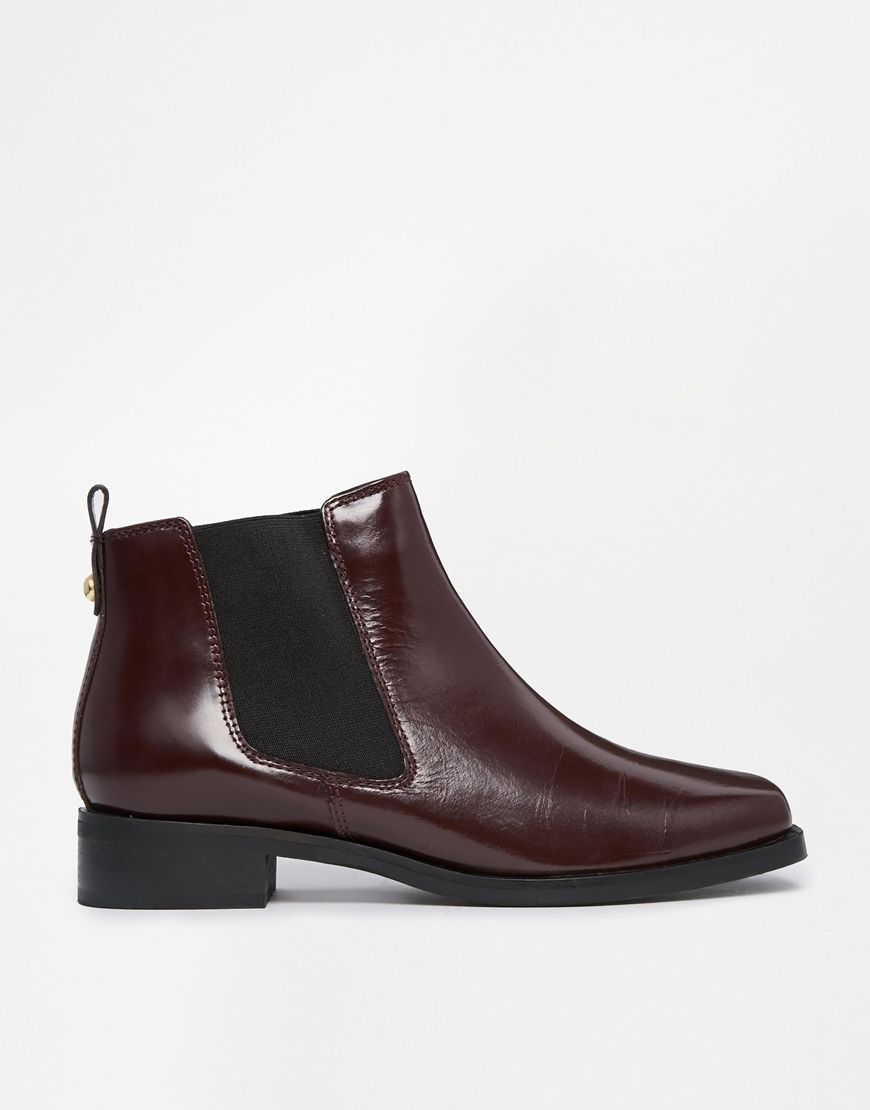 AMSTERDAM Leather Chelsea Boots