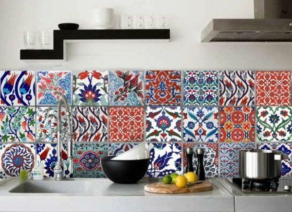 küche fliesenspiegel rückwand küche fliesenmuster bunt wandfliesen - bilder in der küche