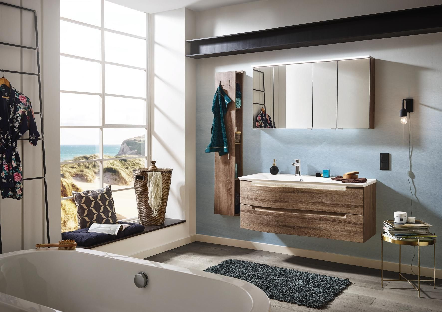 Badezimmer | Badezimmer | Bathtub, Bathroom und Beach House