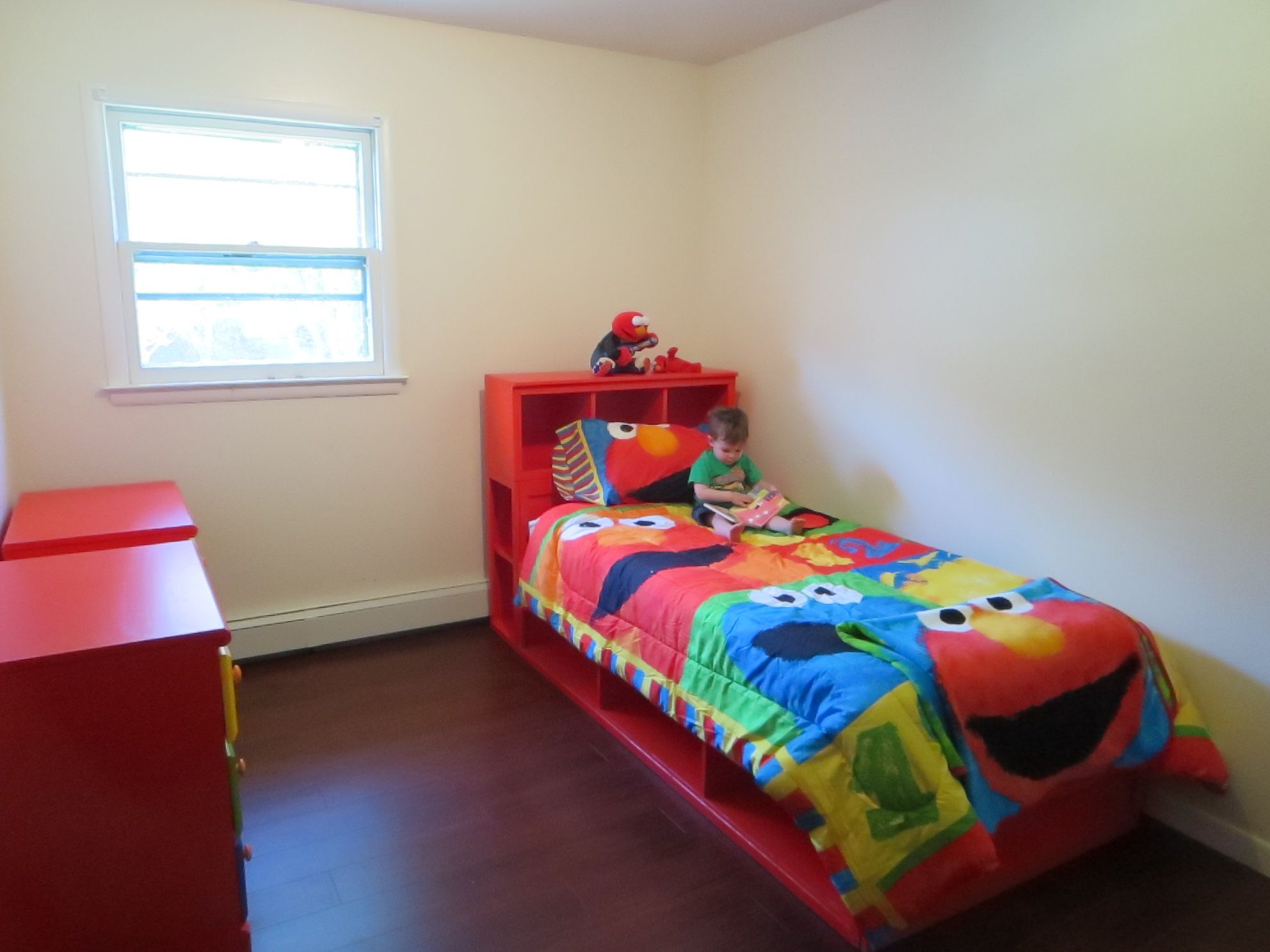 Charlie's Big Kid Bed Do It Yourself Home Projects from
