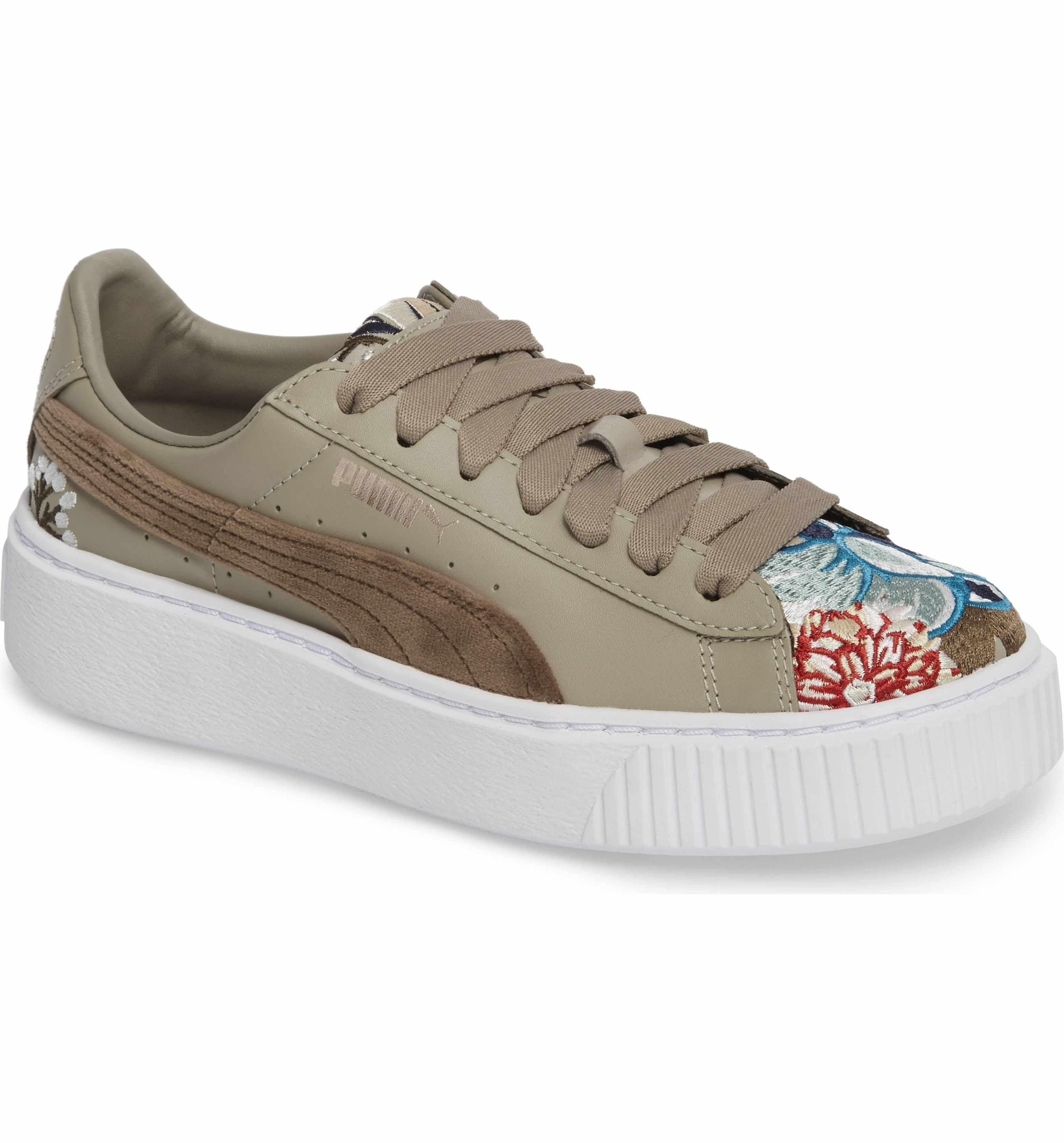 Main Image - PUMA Platform Hyper Embroidered Sneaker (Women)