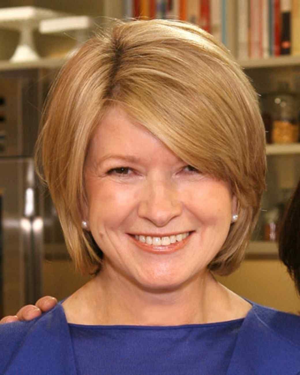 The Martha Stewart Look Book Hairstyles Hair Styles Line Bob Haircut Medium Hair Styles