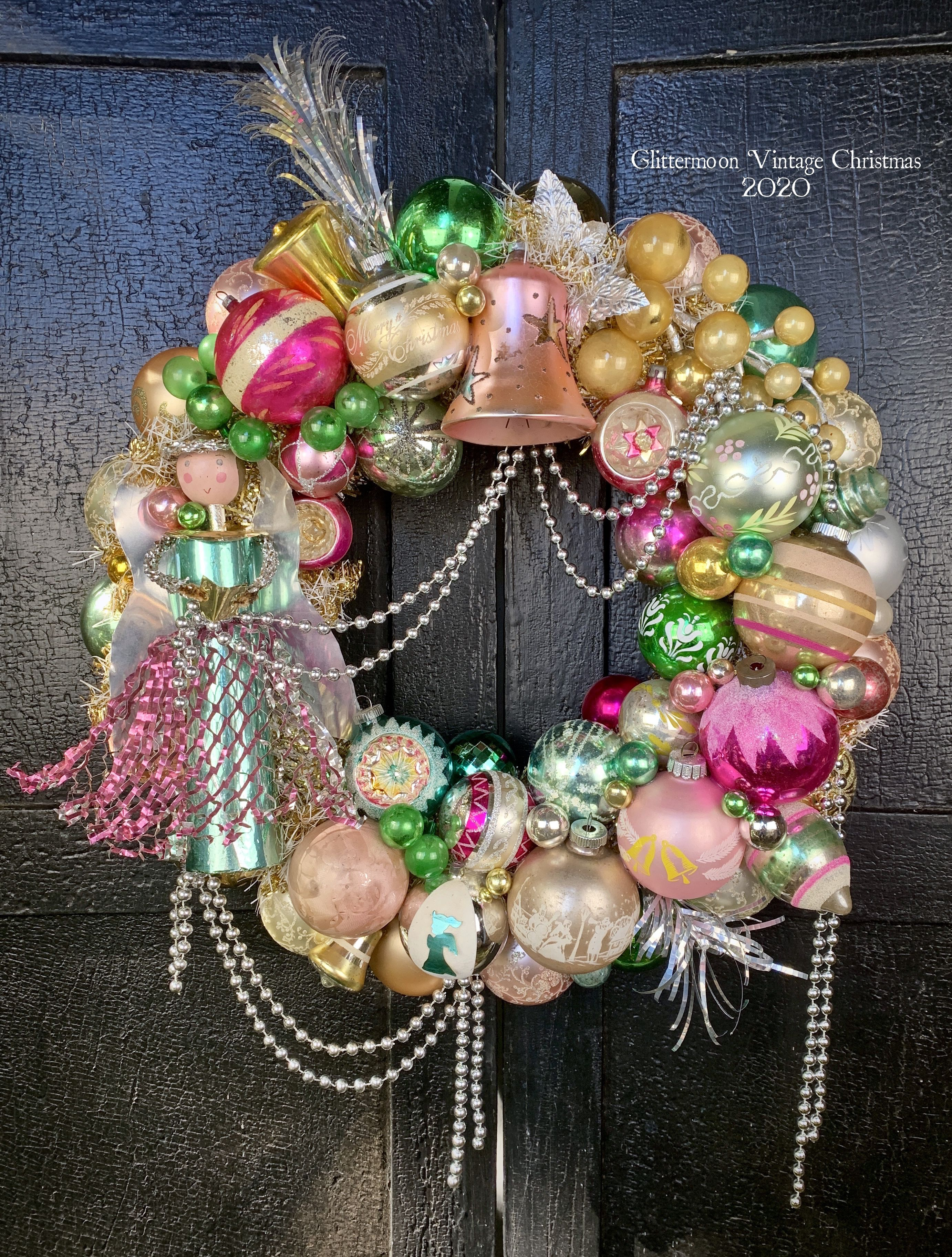 Pink /& Gold Floral Christmas Cutie Ornament Wreath