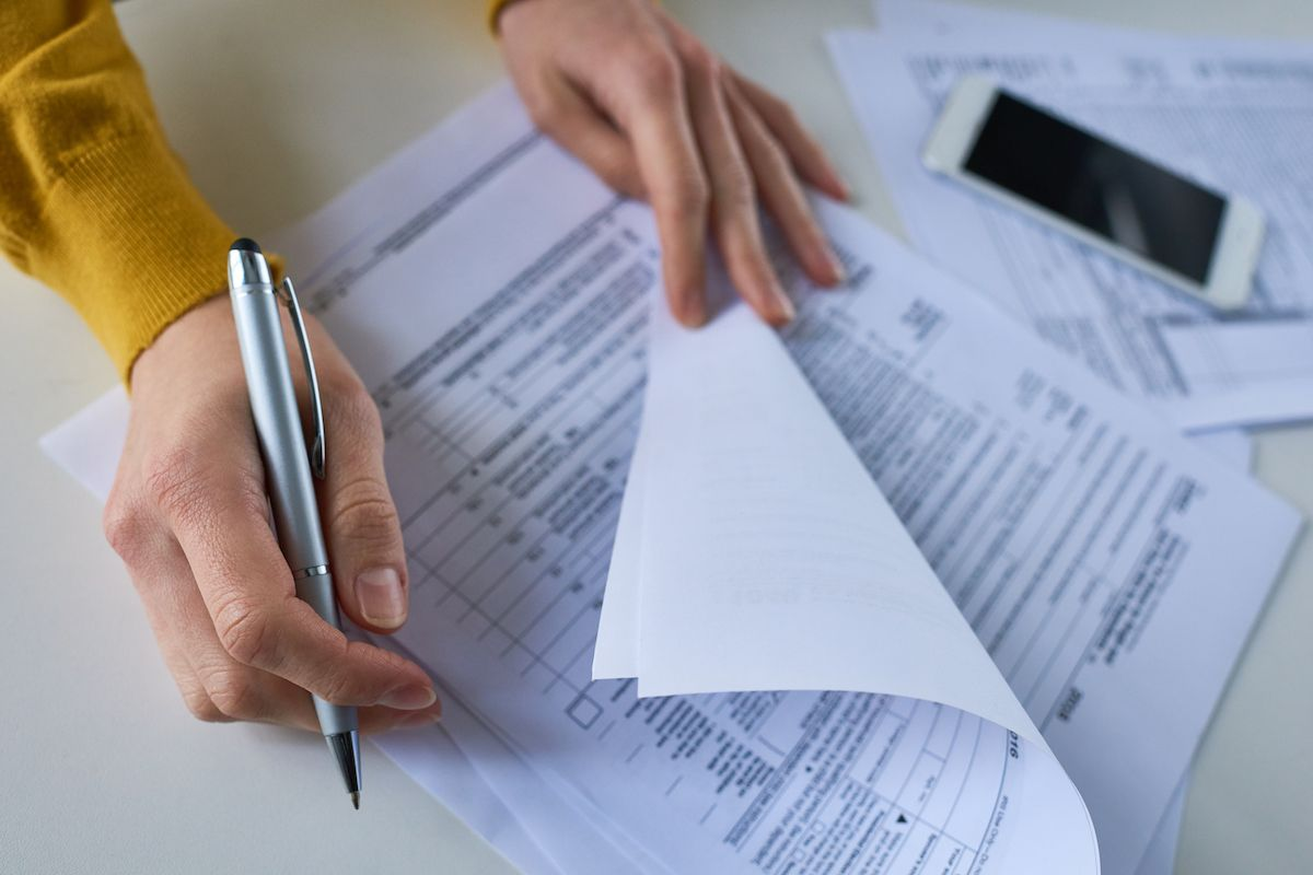 These 8 Handy Tools Can Help You File Your Taxes Online