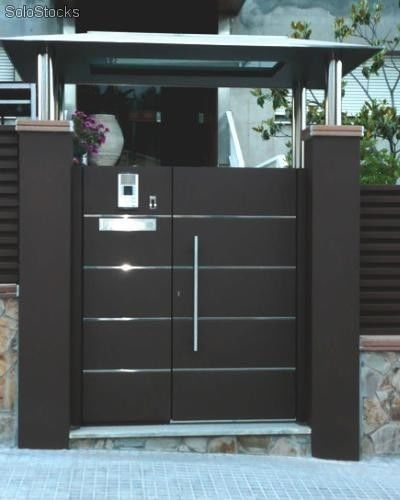 Portones pinteres for Puertas de entrada principal minimalistas