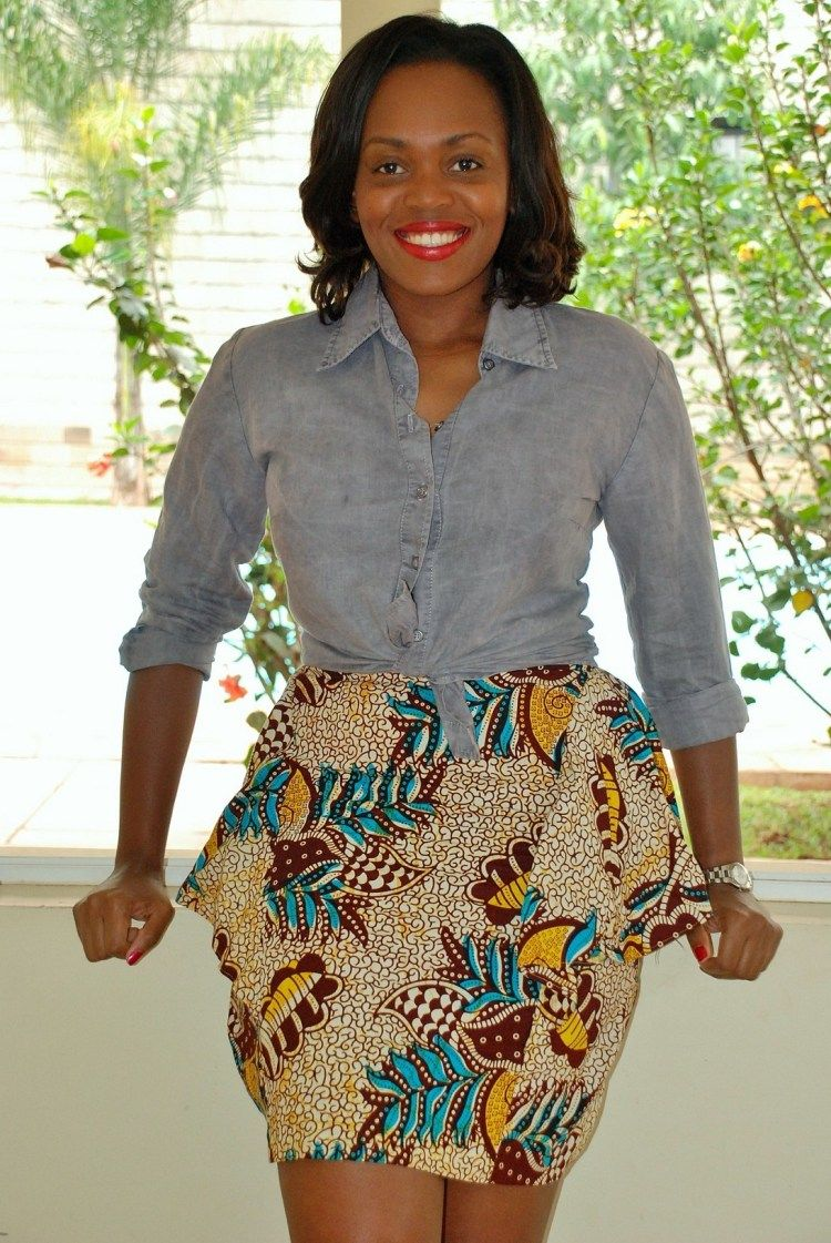 DAY 55: MADE IN AFRICA | 100 Days Of African Fashion. #Africanfashion #AfricanWeddings #Africanprints #Ethnicprints #Africanwomen #africanTradition #AfricanArt #AfricanStyle #Kitenge #AfricanBeads #Gele #Kente #Ankara #Nigerianfashion #Ghanaianfashion #Kenyanfashion #Burundifashion #senegalesefashion #Swahilifashion ~DK