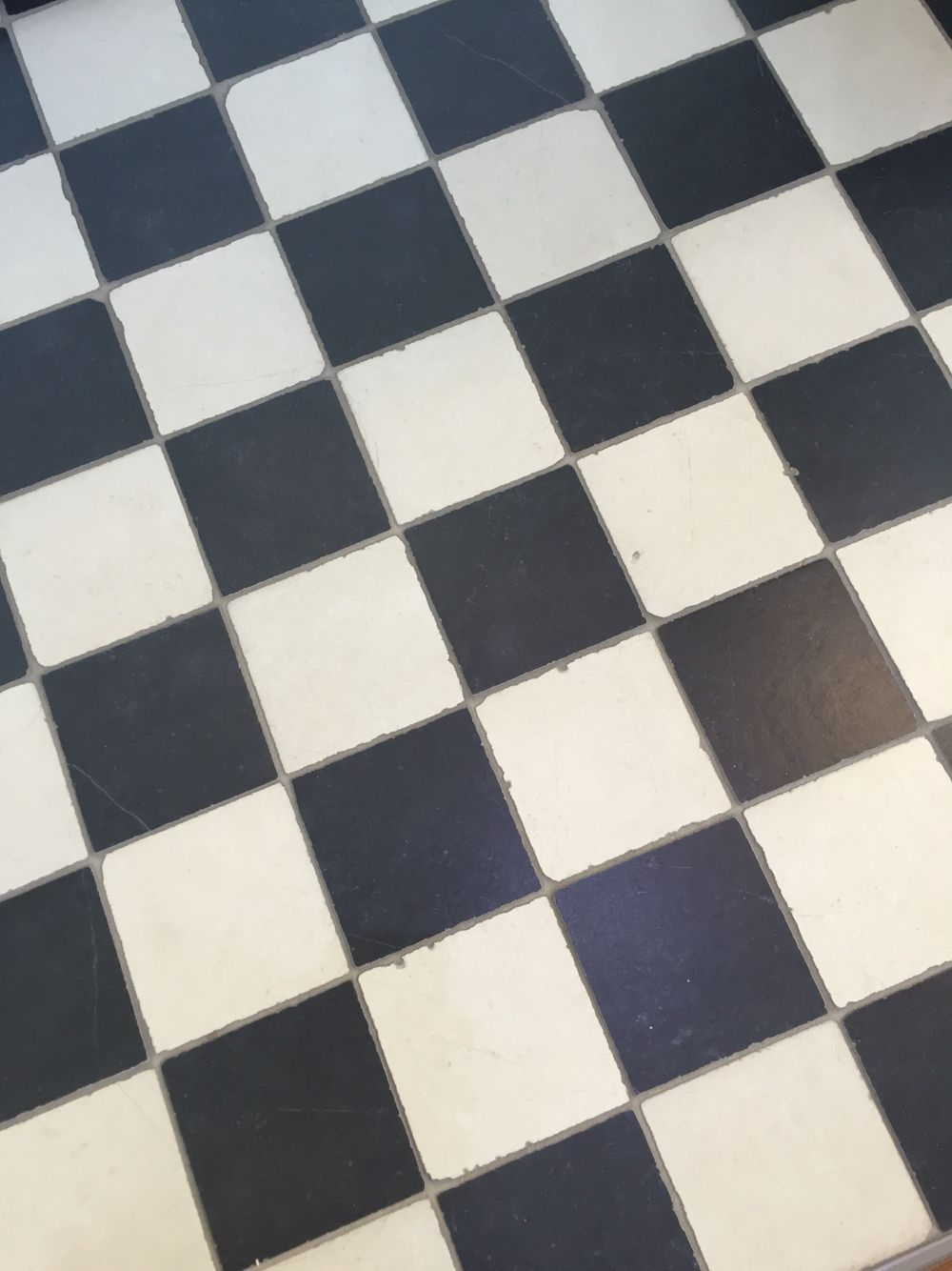 Vloertegels Zwart Wit.Zwart Wit Geblokte Vloertegels Tegelshowroom Witte Tegel