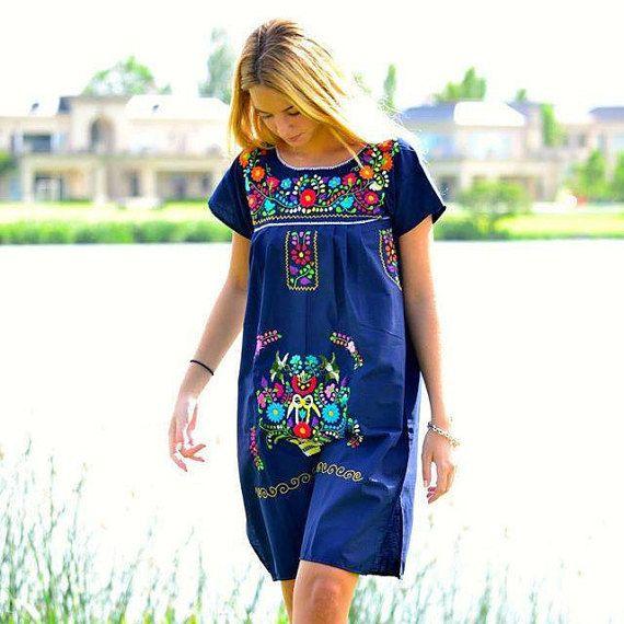 vestido mexicano bordado por virginiawhitecueros en etsy