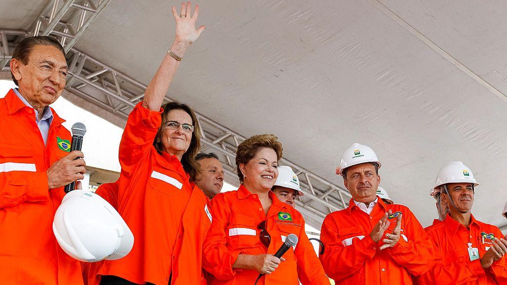 A farra dos contratos sem licitação na Petrobras  - Economia - Notícia - VEJA.com