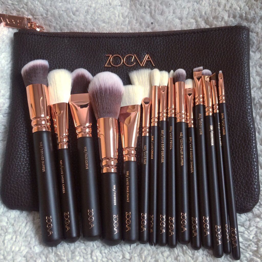 Pin by Lacey Lambert on Makeup& hair Rose gold brush set
