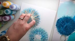 She Uses Toilet Paper Rolls For A Stunning Painting Technique! #painting