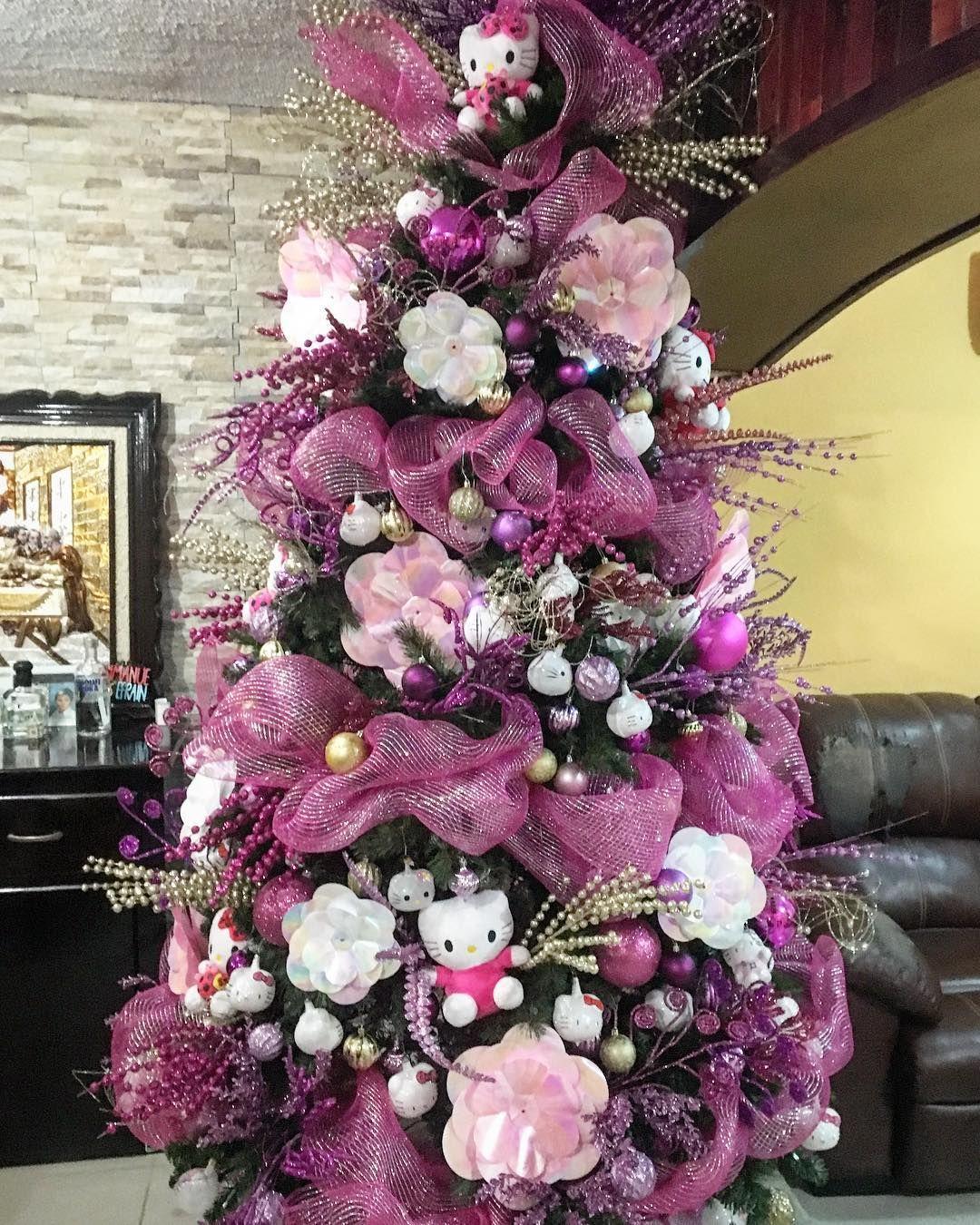 Hello Kitty Christmas Tree.Hello Kitty Christmas Christmasdecor Christmastree