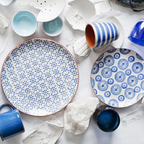 Blue And White Terra Cotta Dinner Plates Set Of 4 Dotandbodream Plates Decorative Plates Dinner Plate Sets