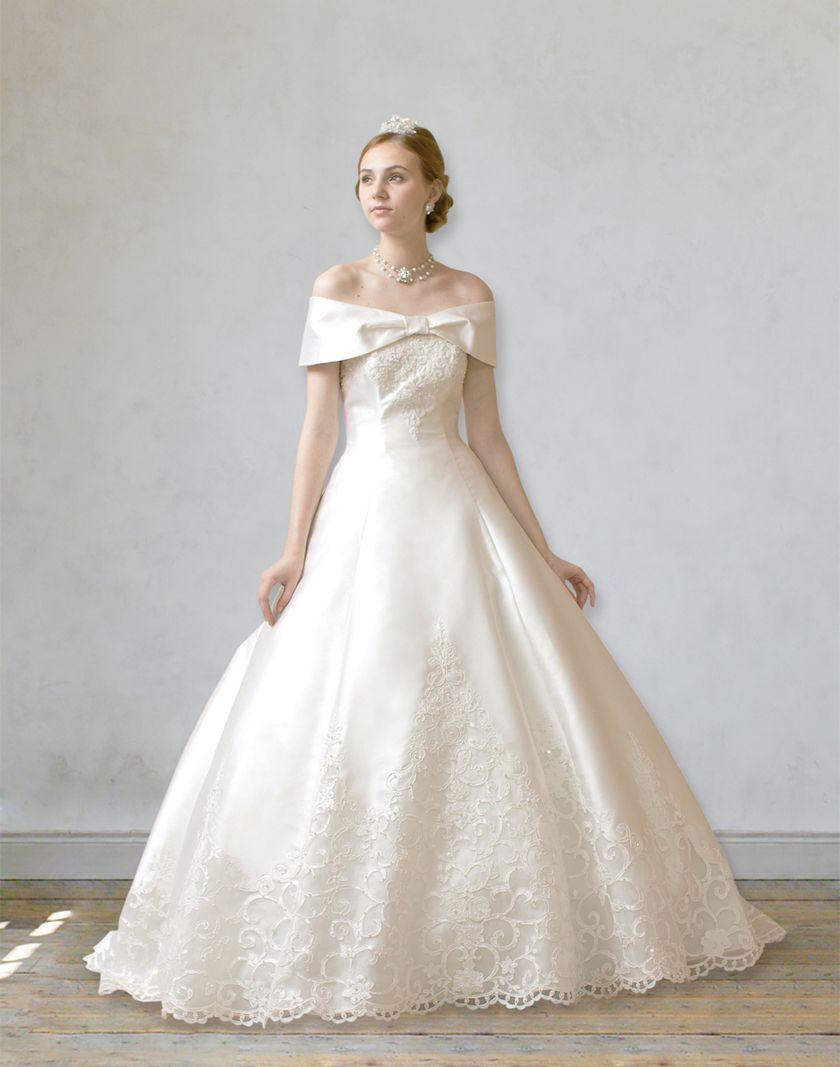 023303ac4d223 お上品な雰囲気が可愛すぎる*ウェディングドレスのえりの種類〔ロールカラー〕ってご存知?♡にて紹介している画像