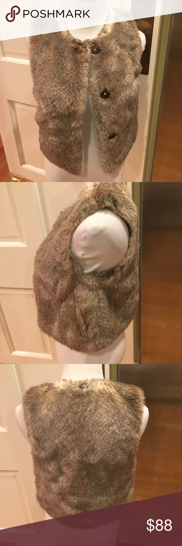 NWOT Juicy Couture Faux Fur Snap Up 2 pocket Vest Size P, fits 00-2. It has 3 front snaps, 2 side pockets and feels like REAL soft comfy fur! Juicy Couture Jackets & Coats Vests