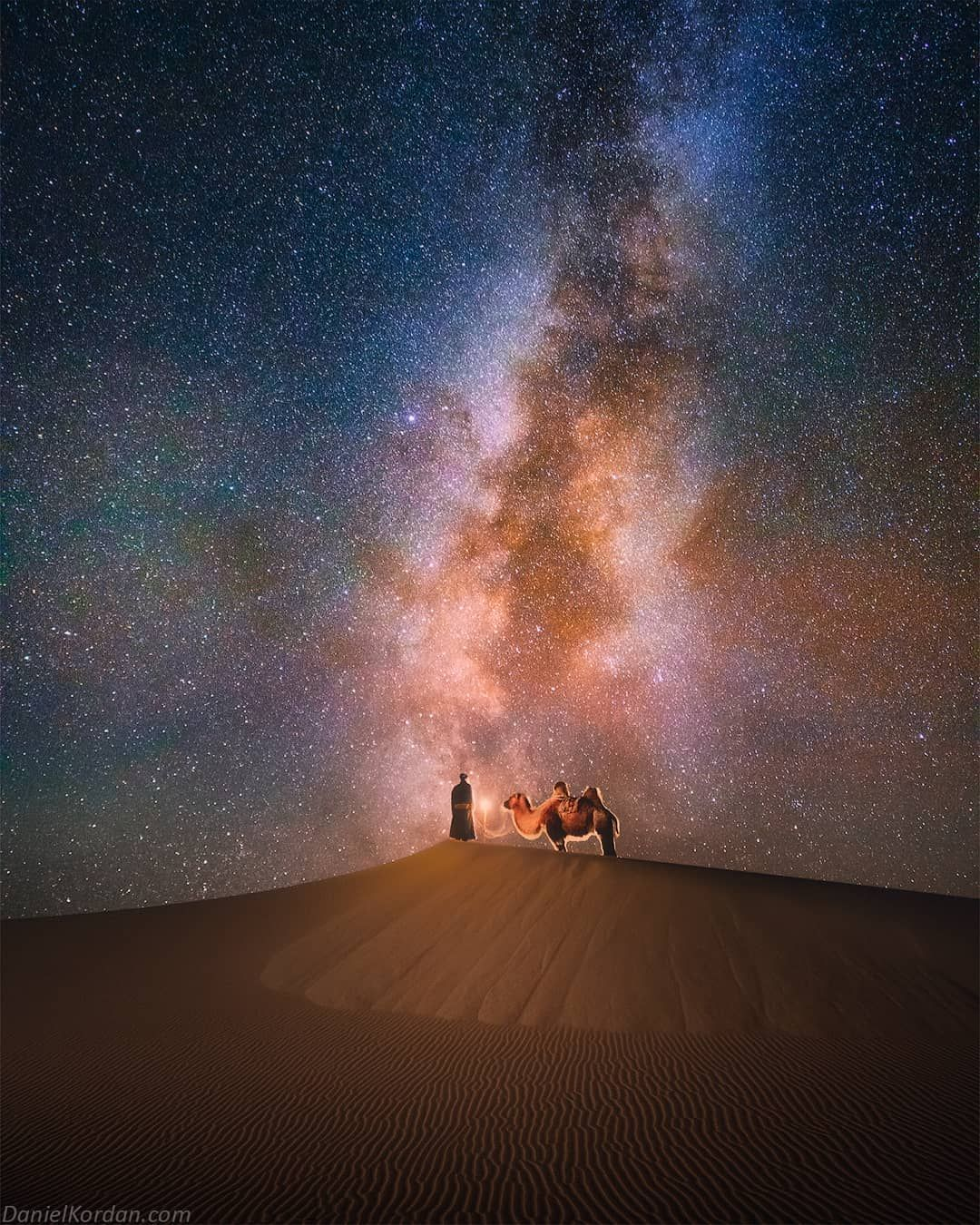I Continue Series Of Night Images From Gobi Desert It S Definitely On My Top 3 Places List Of Most Beautif Beautiful Night Sky Nature Travel Photography Tours