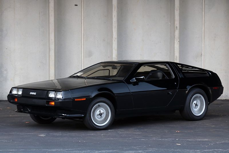 1981 delorean dmc12 painted in black is a 5900mile