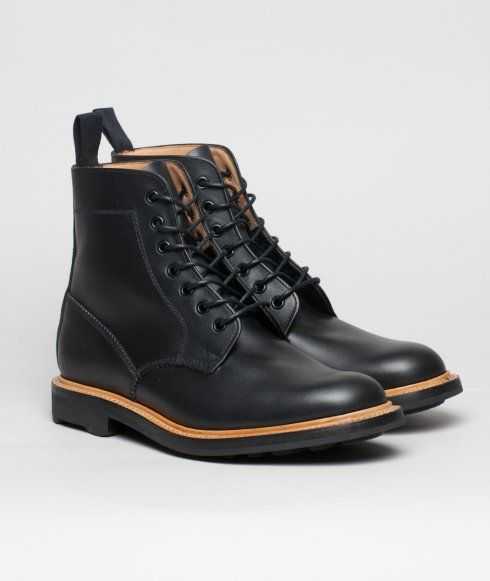 MARK McNAIRY > Waxy Derby Plain Boot