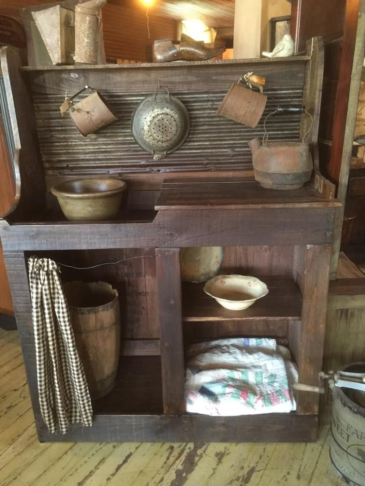 Primitive Dry Sink Made With Pallets Wood U2013 Pallets Recycle / Upcycle Ideas.  (shared