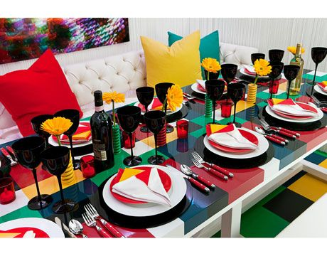 Color blocking table setting | Dinner Theatre | Pinterest | Carnival ...