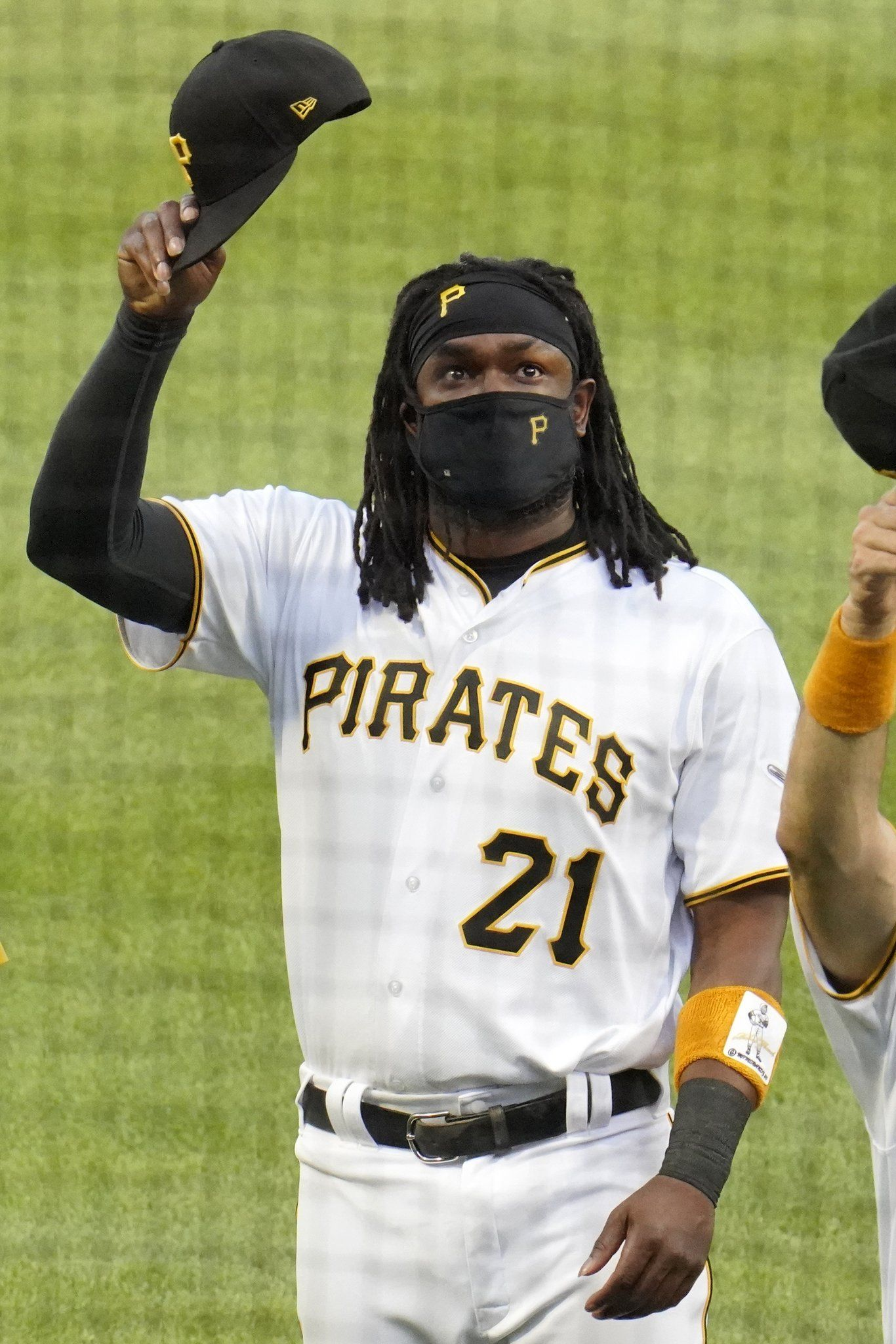Mlb On Twitter For The First Time In 47 Years Pirates Players Are Wearing The No 21 Clementeday In 2020 Mlb The Show Mlb Mlb Pirates