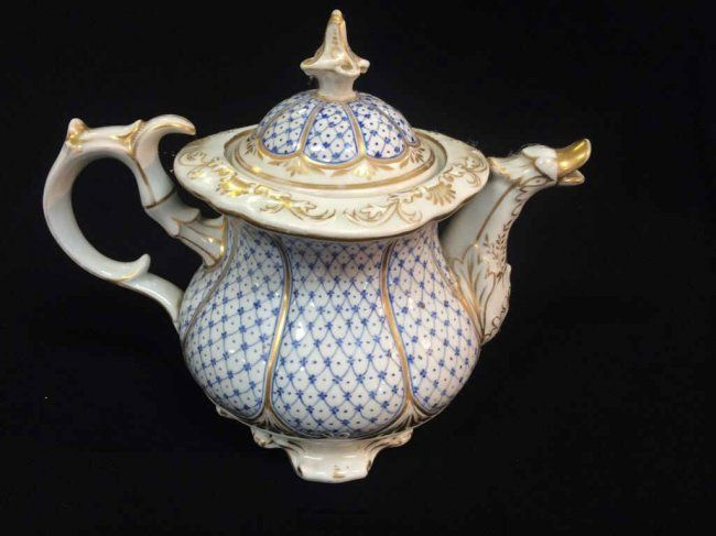 Unmarked German Meissen Tea Coffee Pot