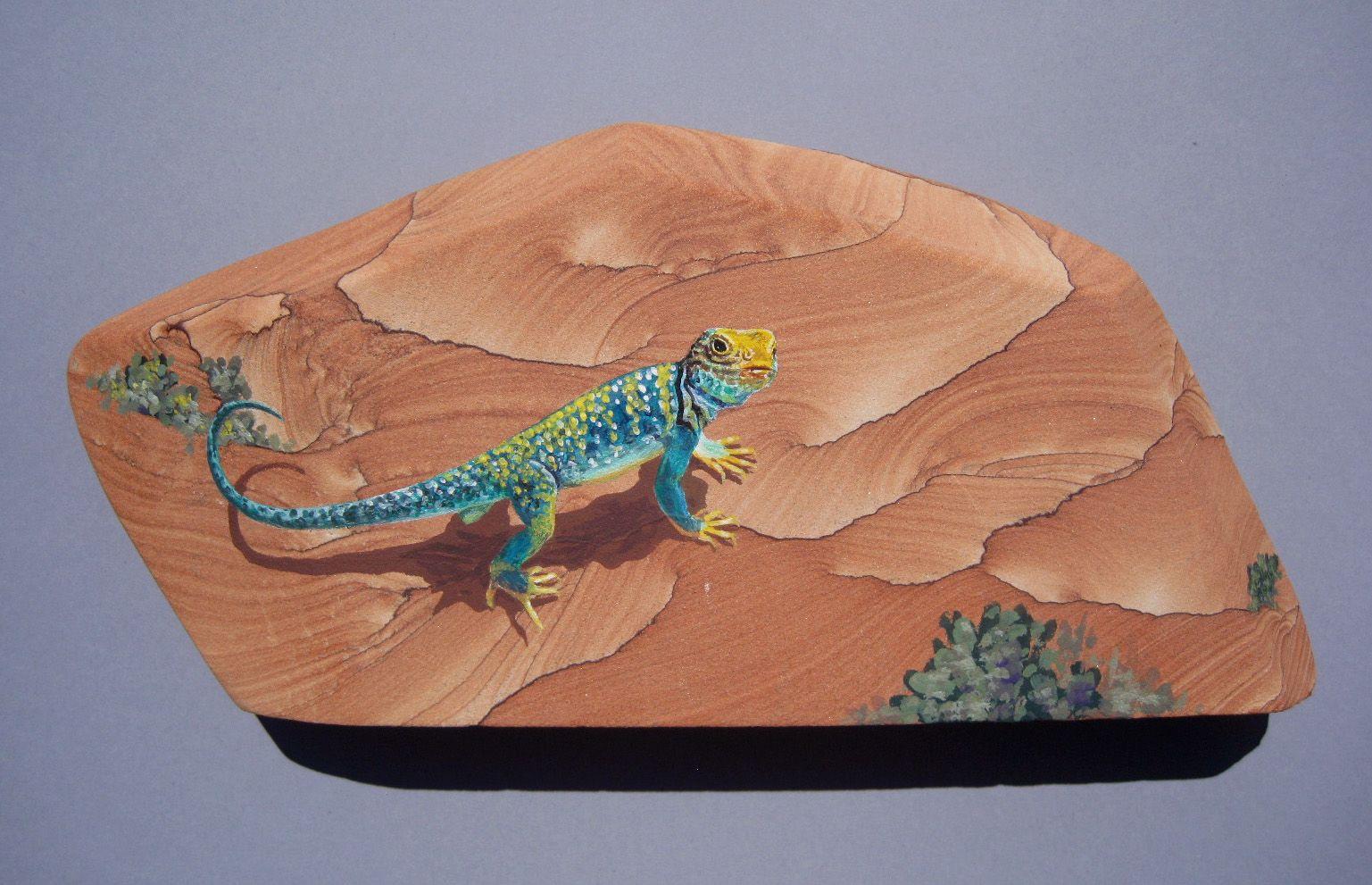 небритый, картинка ящерицы на стене из натурального камня зодиака весы