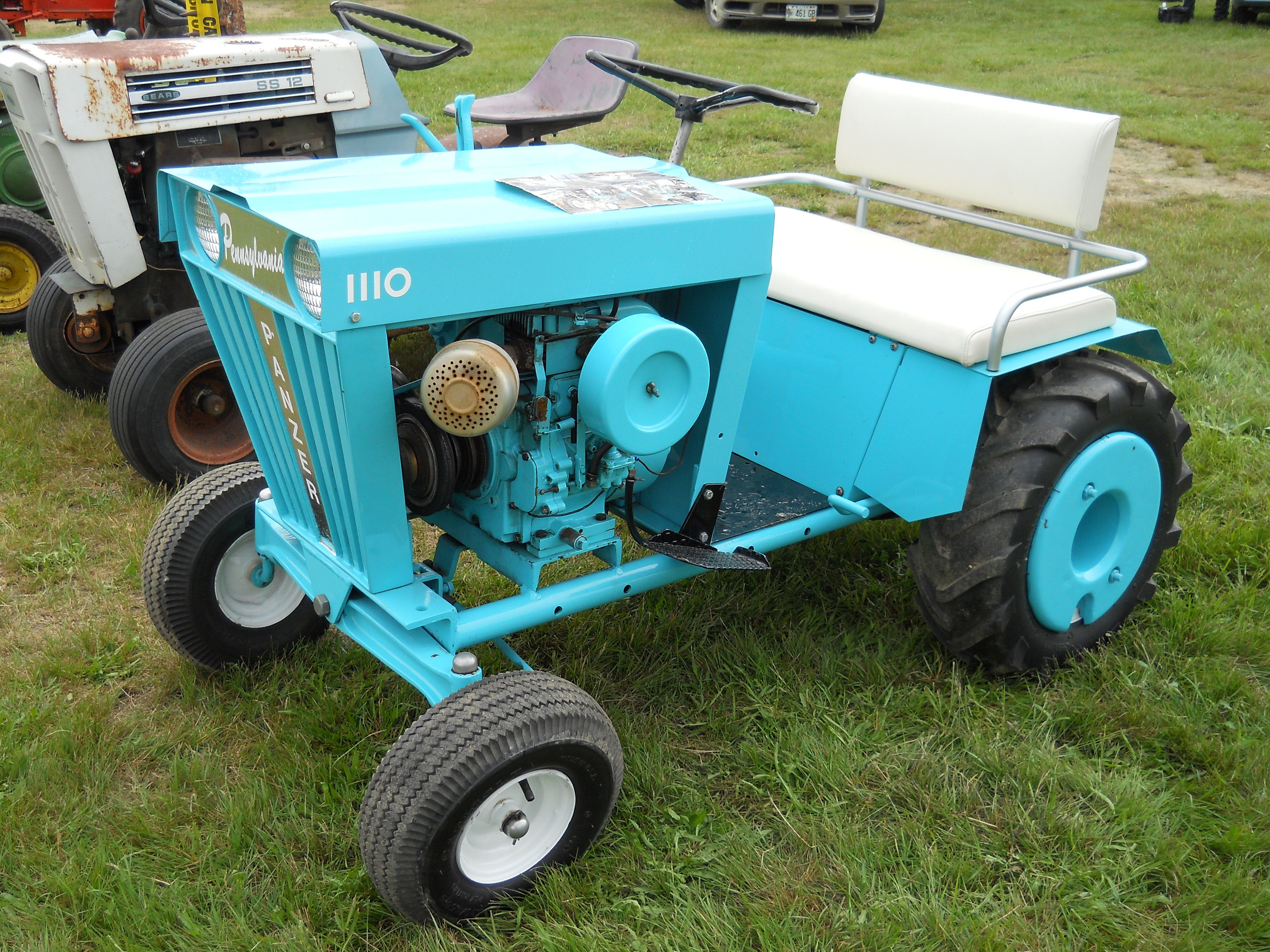 23 best Standard & Bantam Tractors images on Pinterest | Small ...