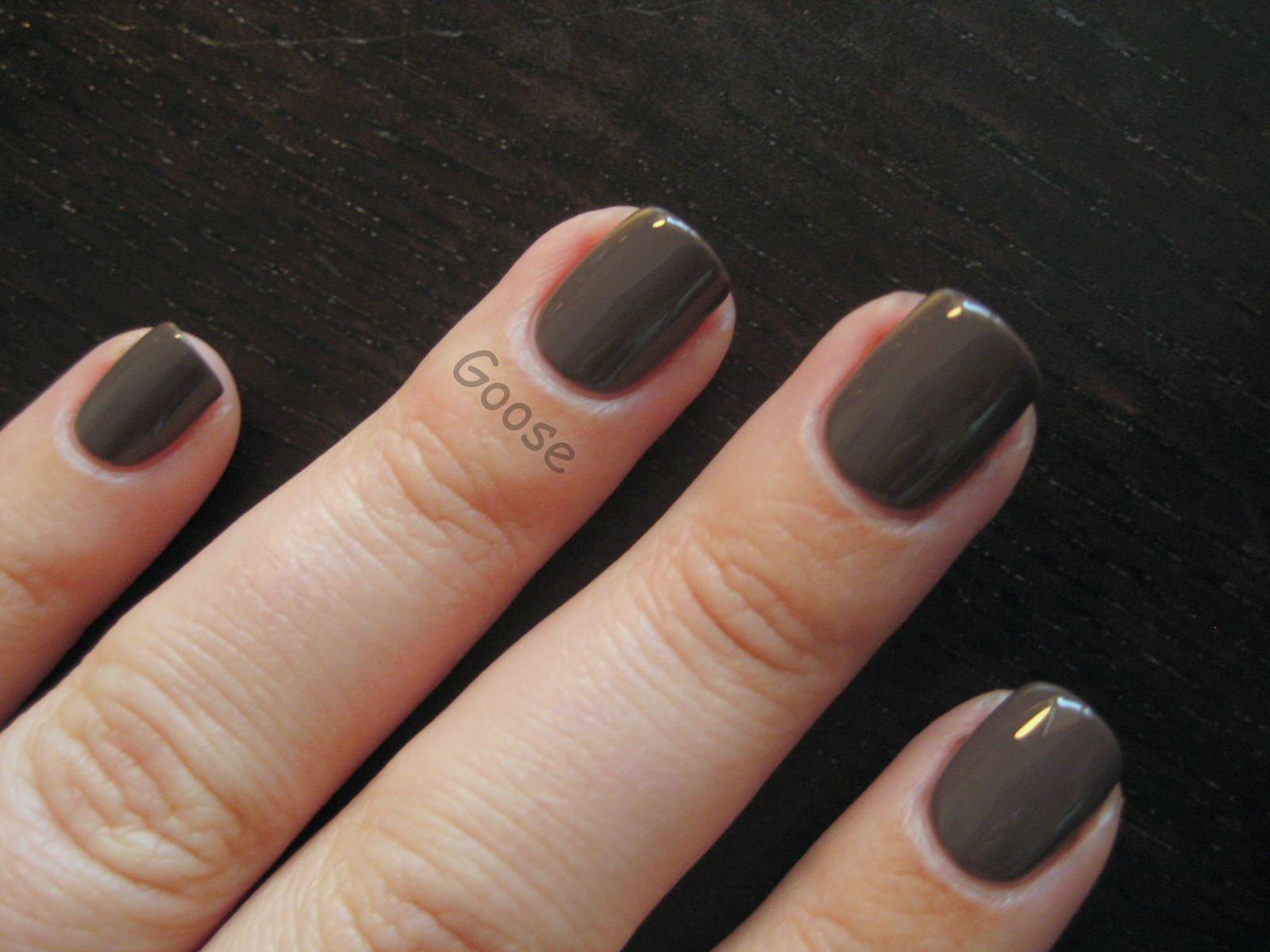 Goose\'s Glitter: New Nail Shape + Old Favorite | Nails | Pinterest ...