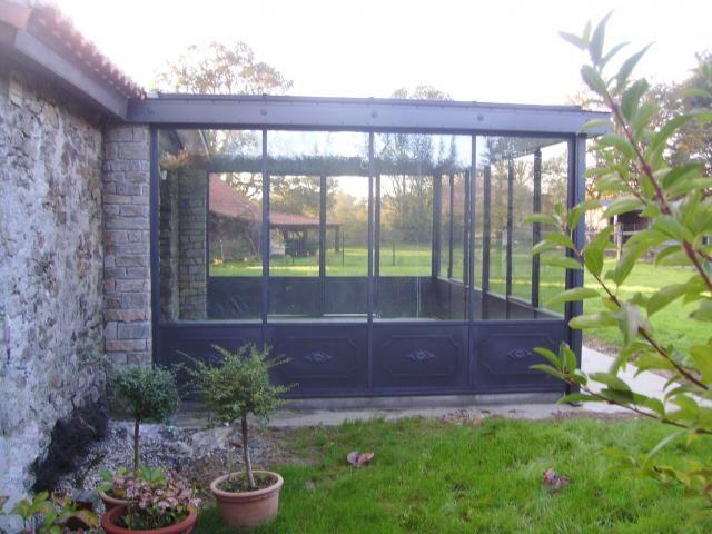 veranda verriere pr sentation de verri re v randa en acier exterieur pinterest veranda. Black Bedroom Furniture Sets. Home Design Ideas