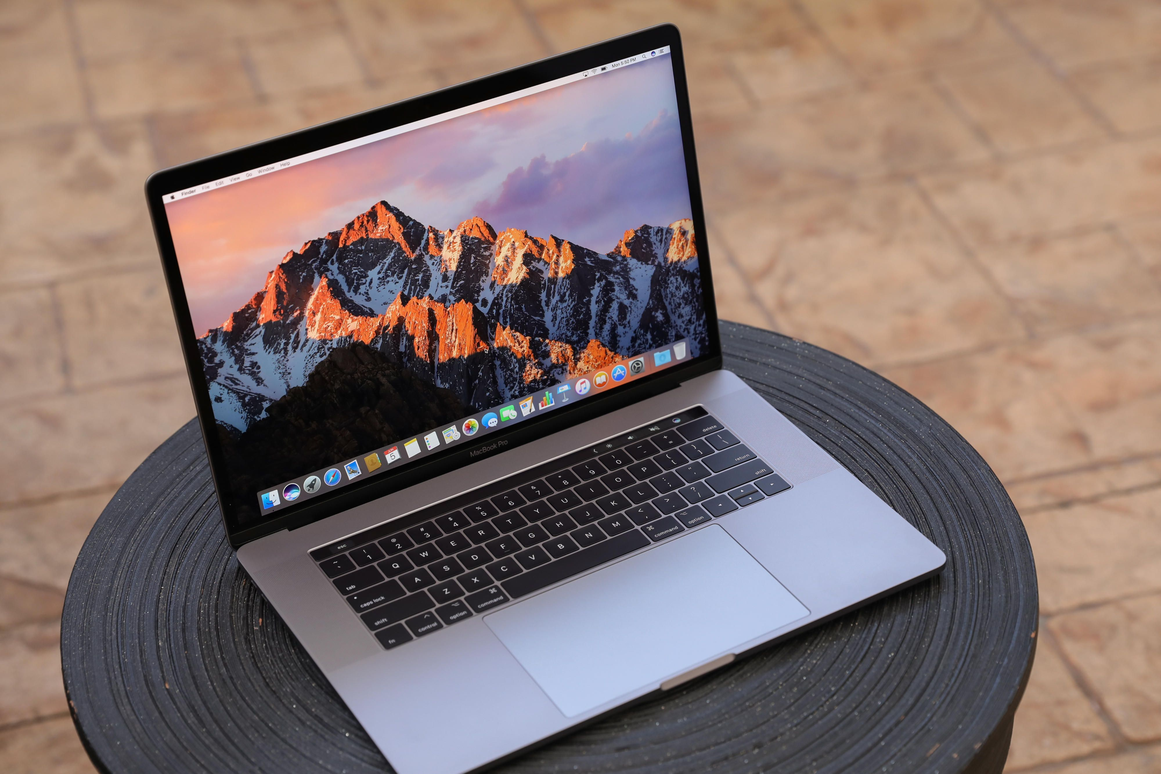 Image Result For Apple Macbook Pro 15 Touch Bar Macbook Pro 2017 Macbook Pro Macbook Pro 15 Inch