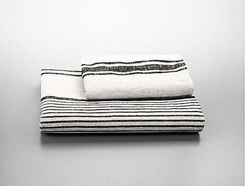 Broad Stripe Linen Bath Towels | Calvin Klein Collection - $75.00