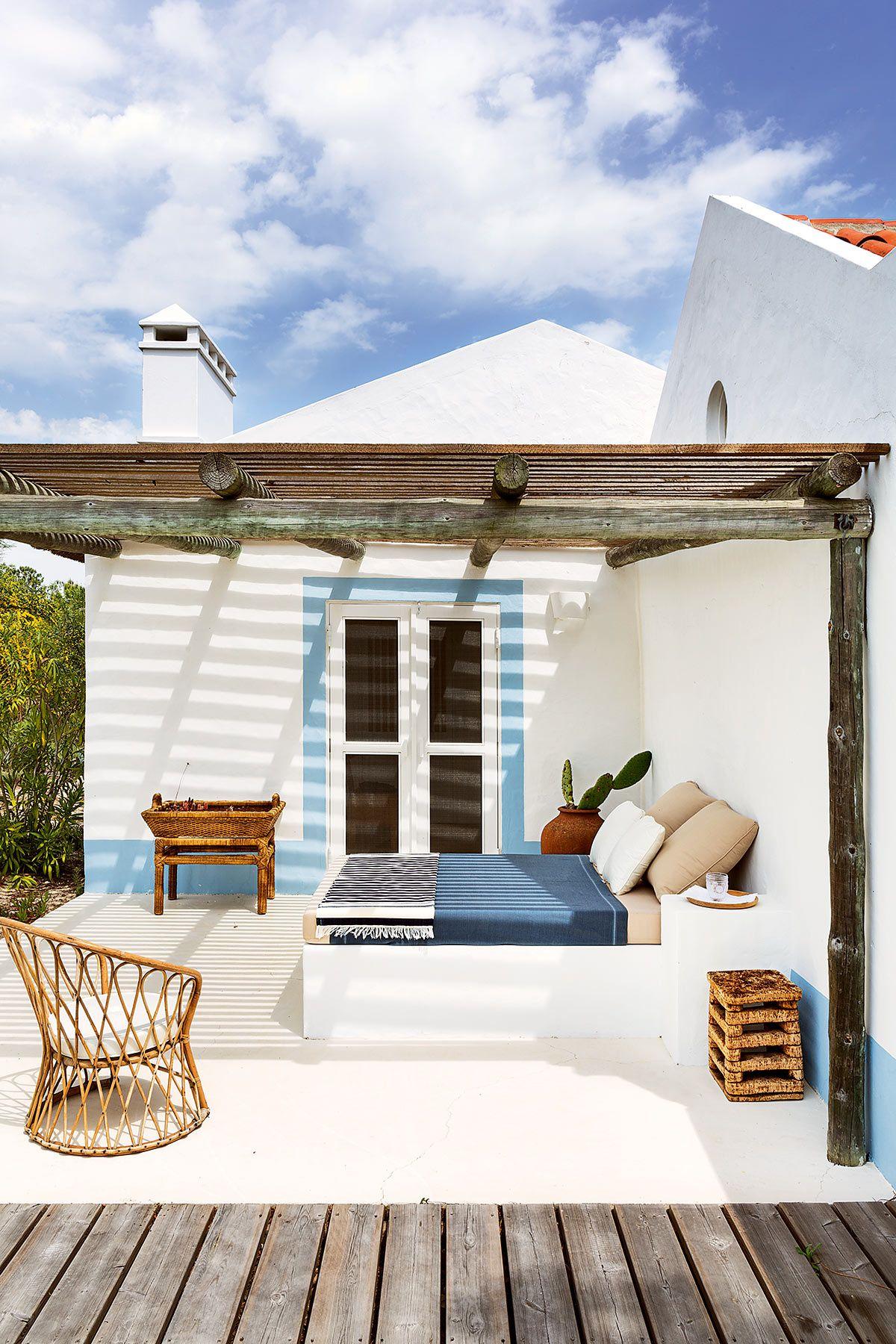 Une cabane de p cheur au portugal planete deco a homes world vacances pinterest maison - Maison de pecheur portugal ...