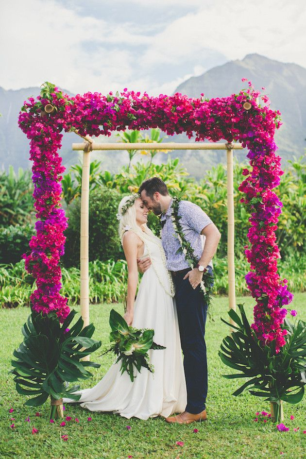 Cool colourful gorgeous hawaiian wedding wedding inspiration colourful hawaiian wedding maui maka photography bridal musings wedding blog junglespirit Images