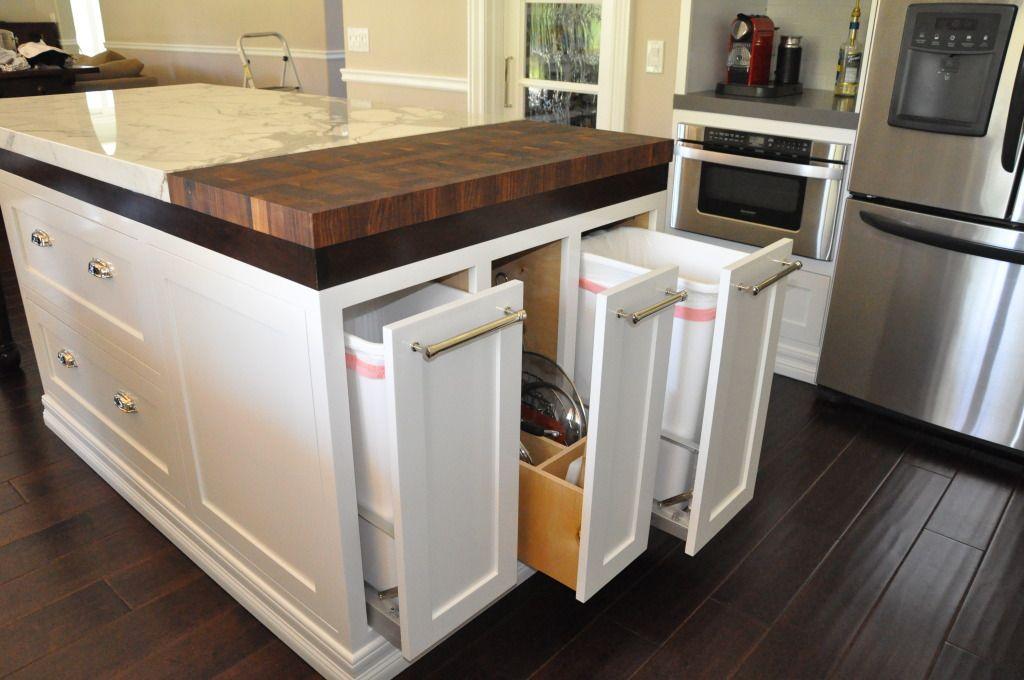 poubelle planche d couper poubelles pinterest recyclage cuisine et amour. Black Bedroom Furniture Sets. Home Design Ideas