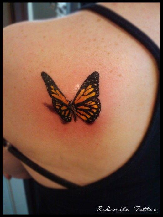 papillon omoplate tatouage papillon pinterest tatouage 3d omoplate et 3d. Black Bedroom Furniture Sets. Home Design Ideas