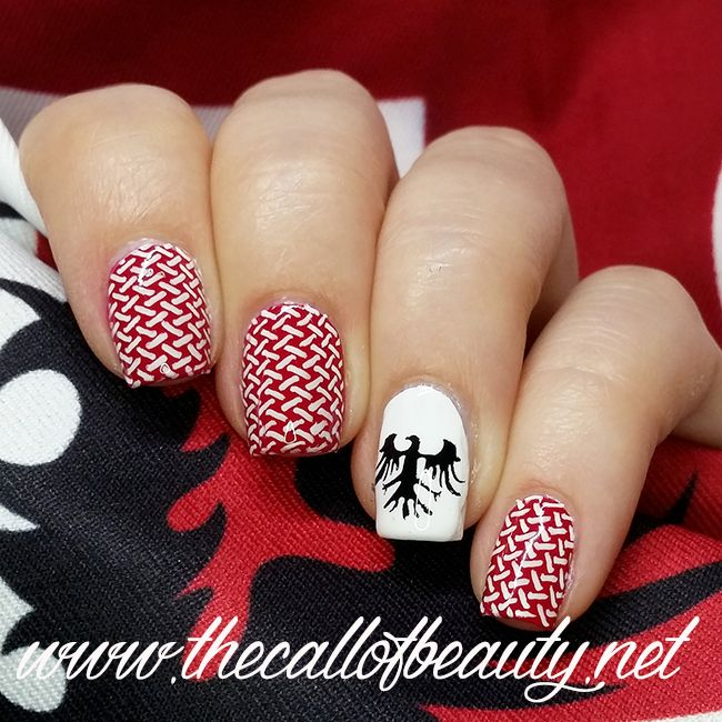 The Call of Beauty: Nail Art of the Day: My Team is Piazzarola for Day1 Red #31DC2016