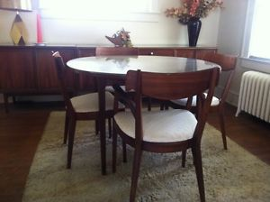 Mid Century Drexel Declaration Walnut Round Dining Table/2 Credenzas/6  Chairs